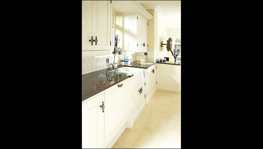 Rregency Kitchen 4